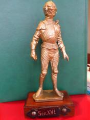 Statueta cavaler in armura, sec.XVI, metalica foto