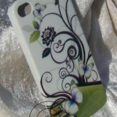 Husa silicon motiv floral  iPhone 4 + folie protectie cadou