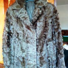 Palton blana naturala astrahan marimea 38, este nou, nemtesc! - haina de blana