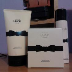 Parfum AVON LUCK PENTRU EA - set deodorant si lotiune de corp - Set parfum