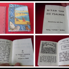 PSALTIREA / SEFER TEHILIM / DIE PSALMEN - - EDITIE BILINGVA EBRAICA - GERMANA { ISRAEL, TEL AVIV, 1985, 583 p. - trad. germana de LEOPOLD ZUNZ } - Carti Iudaism