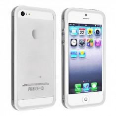 Bumper iphone 5 transparent cu margine alba mata  + folie ecran si cablu date cadou