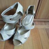 Vand sandale de dama - Sandale dama, Culoare: Auriu, Marime: 39, Piele sintetica, Auriu