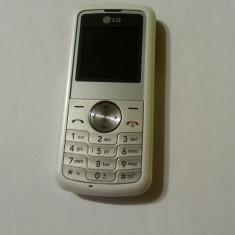 LG KP100 - 59 lei - Telefon LG, Alb, Nu se aplica, Neblocat, Fara procesor