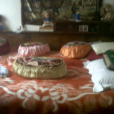 Mobila Veche lemn dormitor, Dupa 1950