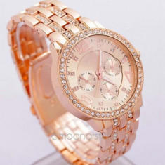 Ceas dama Geneva rose gold curea metalica cristale + cutie simpla cadou, Quartz, Otel, Analog