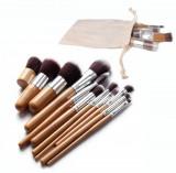 Set 11 Pensule Make Up Kabuki + Fond de Ten + Ochi