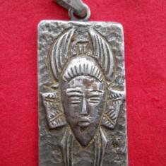 UNICAT Medalion argint de VRAJITOARE vechi RAR masiv Impunator piesa de Colectie
