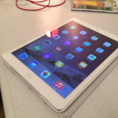 IPad Air WiFi + 4G Neverlocked Full Box, Apple Care - Tableta iPad Air Apple, Argintiu, 16 GB