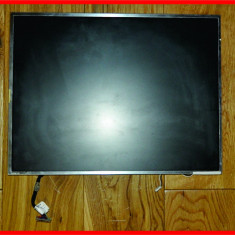 Display Ecran LCD mat 15