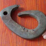 Scule - Unelte - Carlig vechi din metal pentru sarcina de 1000 kg - CTC din 1989