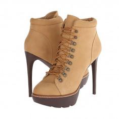 Boots femei 192 Steve Madden Rockstr | 100% originali | Livrare cca 10 zile lucratoare | Aducem pe comanda orice produs din SUA - Botine dama