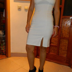 Rochie, rochita business, eleganta, marimea S-M. COMANDA MINIMA 30 LEI!