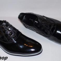 Pantofi LOUIS VUITTON 100% Piele Lacuita Naturala - Model NOU de Sezon !!! - Pantof barbat Louis Vuitton, Marime: 44, Culoare: Negru, Piele naturala