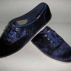 OFERTA! Tenisi dama KEDS originali noi catifea bleumarin Sz 36 !, Culoare: Albastru, Textil