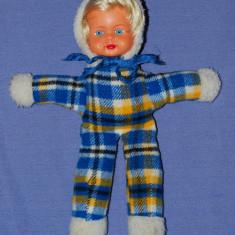 Papusa / papusica, cap din cauciuc, corp din material textil, anii '80