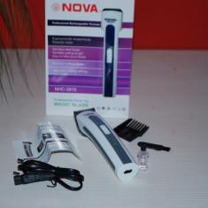 Masina de tuns Aparat  Trimmer barbierit cu acumulator  Nova