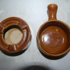 Frumos set format din trei piese din ceramica