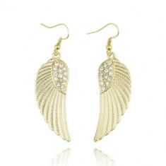 Cercei Fashion - Tendinte Europene Sofisticate - In Forma De Aripi de Inger cu Diamant