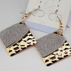Cercei Fashion Placati Aur Avand Forma Rombica - Model Foarte Frumos - Cercei placati cu aur