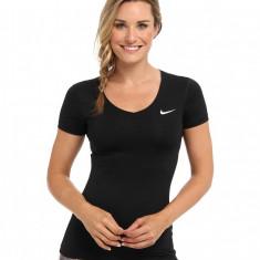 183 Nike Pro S/S V-Neck Top | Produs 100% original | Livrare cca 10 zile lucratoare | Aducem pe comanda orice produs din SUA