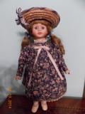 Papusa veche de portelan - 40 cm