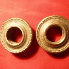 Pereche Rozete sfesnic vechi, bronz, Diametrul interior = 2, 1 cm - Metal/Fonta
