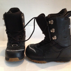 BUTI BOOTS SNOWBOARD FORUM DESTROYER, MARIME 40-41