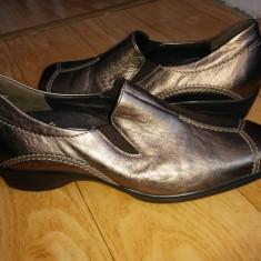 Pantofi din piele firma Semler marimea 38, 5, sunt noi! - Pantof dama, Culoare: Negru, Auriu