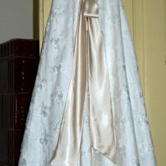 Rochie de mireasa tip A