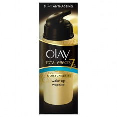 Cremă de față Olay Total Effects 7 in 1 Moisturiser + Wake Up Wonder - Crema antirid