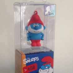 STICK USB FLASH DRIVE 2.0 HIGH SPEED ( THE SMURFS 4 GB ), USB 2.0