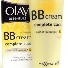 Cremă de față Olay Essentials BB Cream Complete Care - Light