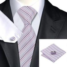 SET Cravata matase butoni batista asortati JASON&VOGUE mov lila bleu albastru, Dungi