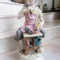 CAPODIMONTE MAIOLICA - FIGURINA MARE - BAIAT PANTOFAR 47 CM - ITALIA - Arta Ceramica