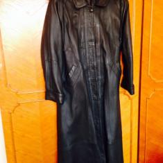 Vand haina lunga piele gri inchis - Palton dama, Marime: 46