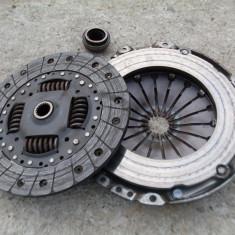 Kit ambreiaj Citroen / Peugeot 2.0 HDi cod motor RHY, BERLINGO (MF) - [1996 - 2008]