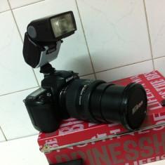 Aparat foto Marca NIKON cu Obiectiv 28-200mm si Blit - Aparat Foto compact Nikon, Peste 16 Mpx, Peste 20x