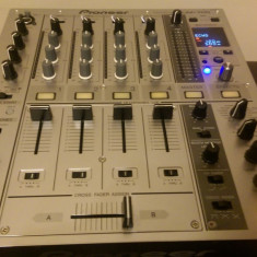 Vand Mixer DJ Profesional PIONEER DJM 700(Silver) - Mixere DJ