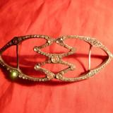 Catarama veche metal argintat cu strasuri -pt. rochii elegante , inc. sec.XX , L= 11,5 cm