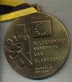 ATAM2001 MEDALIE MARE 243 - SPORTIVA - MARATON -GULDENSPOREN MARATHON VAN VLAANDEREN '93  -PANGLICA GALBEN CU NEGRU -starea care se vede