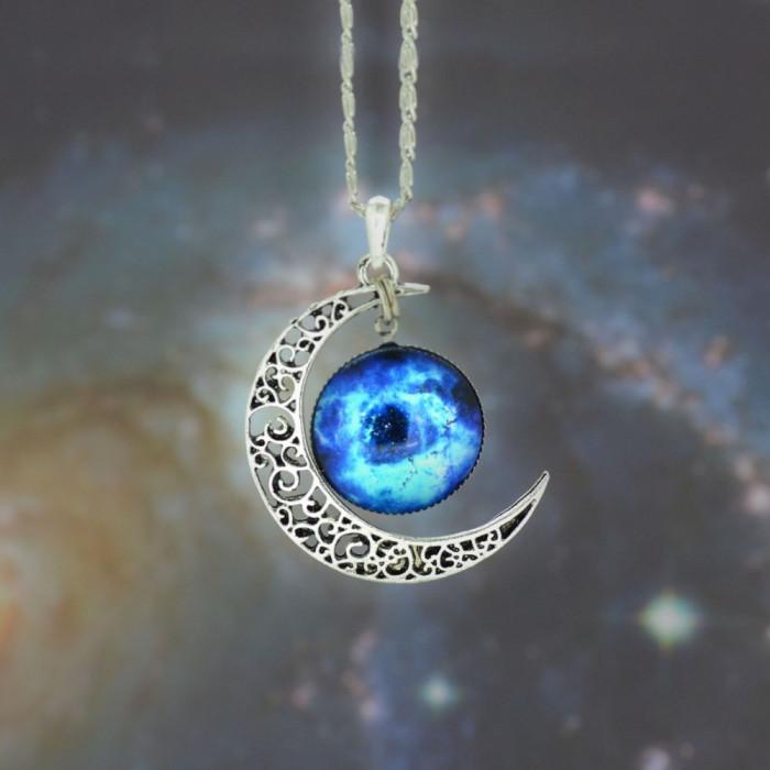 Pandantiv / Colier / Lantisor Fashion  - Luna si Cosmos