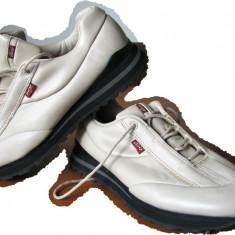 Adidas pantof LEVI`S noi, import suedia, nr 37 - Adidasi dama Levi S, Culoare: Din imagine