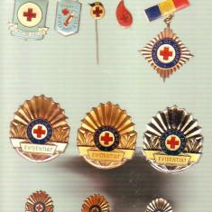 Insigne Crucea Rosie - Insigna, Romania de la 1950
