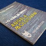 Aura Matei-Savulescu - O lume in cantec-Angela Moldovan - Carte Arta muzicala