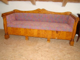 Canapea Bidermaier