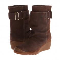 Boots femei SOREL Toronto™ Mid | 100% originali | Livrare cca 10 zile lucratoare | Aducem pe comanda orice produs din SUA - Cizma dama Sorel, Piele intoarsa, Maro