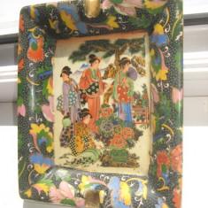 Scrumiera orientala veche din portelan Japonia- China.