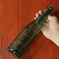 Sticla de bere - anii 50 cu scris in relief - Fabrica de bere Timisoreana !!!
