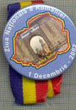945 INSIGNA - ZIUA NATIONALA A ROMANIEI 1 DECEMBRIE 1918- 1 DECEMBRIE 2002 ALBA IULIA -starea care se vede
